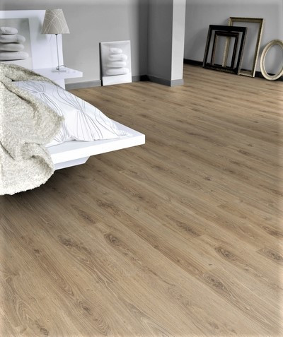 Tarkett Woodstock in Forest Oak Gold