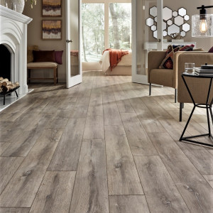 Mannington Blacksmith Oak in Steam